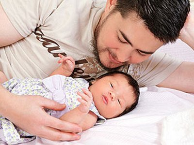 Thomas Beatie, a married man who used to be a woman, had a baby girl, ...